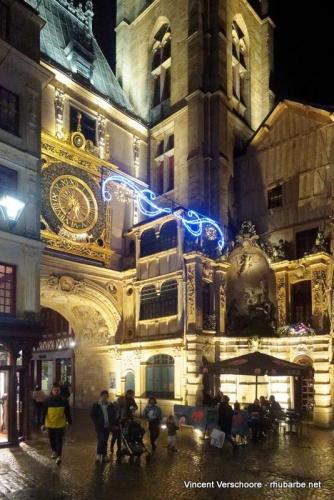 Rouen. Gros horloge.