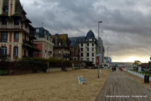 Deauville. Front de mer.