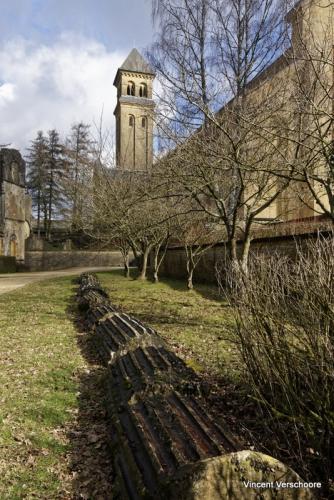 Abbaye d'Orval, pilier de l'abbaye d'origine